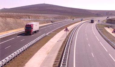 Fomento abre hoy al tráfico el tramo límite provincial de Badajoz-Santa Olalla de la Autovía de la Plata