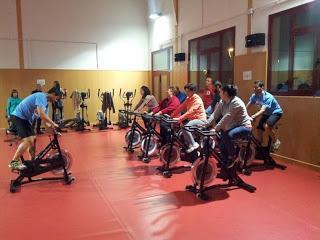 Mata de Alcántara pone en marcha el gimnasio municipal y oferta clases de ciclo indoor y body power