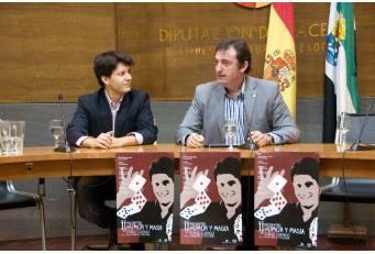 La Diputación de Cáceres inicia una gira de ocho espectáculos de humor y magia con Jorge Luengo