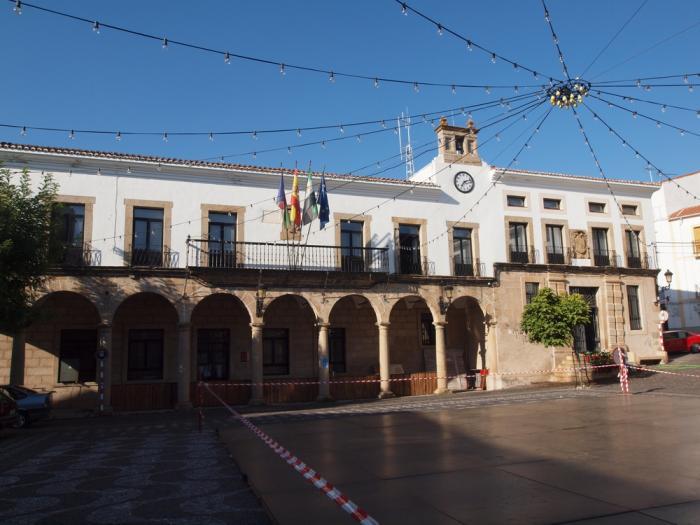 El Ayuntamiento de Valencia de Alcántara ratifica la disolución del acuerdo con el  consorcio Medio XXI