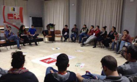 Juventudes Socialistas de Cáceres defiende en Valencia de Alcántara la figura de los Consejos de la Juventud