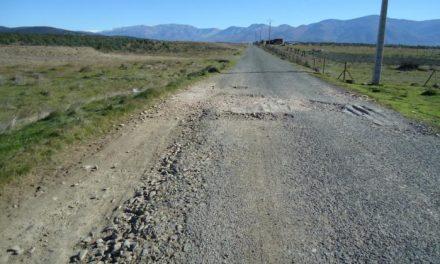 El PSOE alerta del peligro para la población por el mal estado de varias carreteras de Zarza de Granadilla