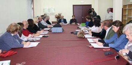 Extremadura constituye el Consejo Asesor del Plan para la Atención Integral contra el Cáncer (PICA)