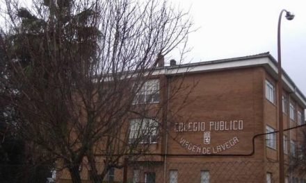 Los centros educativos de Moraleja reciben ceca de 18,000 euros en ayudas para libros de texto