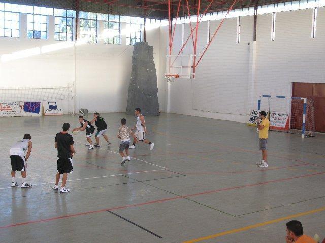 La Consejería de Deporte invertirá 48,358 euros en la renovación del suelo del pabellón de Moraleja