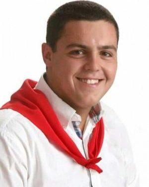 El joven Álvaro Sánchez, de 19 años, será abanderado de la Juventud Cauriense en las fiestas de San Juan