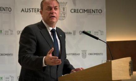 Extremadura pagará a los empleados públicos los 44 días devengados de la extra que fue suprimida en 2012