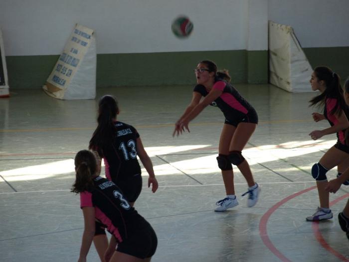 El equipo de veteranas de Sierra de Gata gana el Torneo de Voleibol de Moraleja