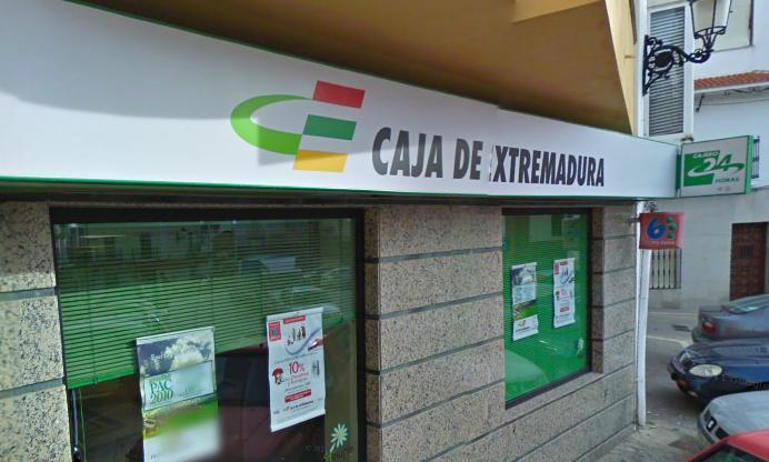 Caja Extremadura deberá devolver 95.500 euros a un anciano de 94 años que contrató deuda subordinada