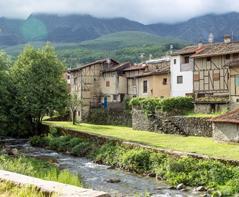 Hervás muestra su apoyo al proyecto del primer plan de activación turística Ambroz-Tierras de Granadilla