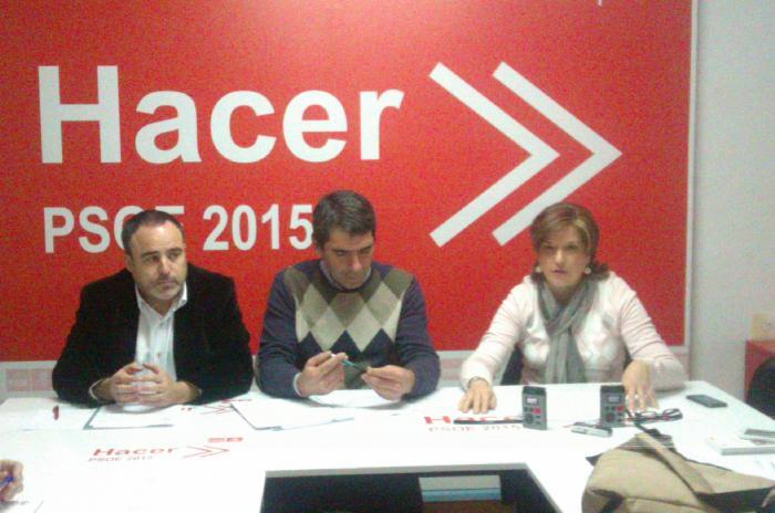 """El PSOE considera que Plasencia se encuentra en una situación """"de agonía"""" por el gobierno del PP"""