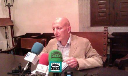 Plasencia sacará a concurso público 17 vacantes de funcionarios públicos en el ejercicio de 2014
