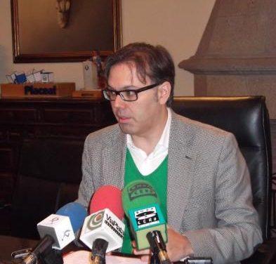 Pizarro abordará este viernes con Montoro la posibilidad de endeudamiento del Ayuntamiento de Plasencia
