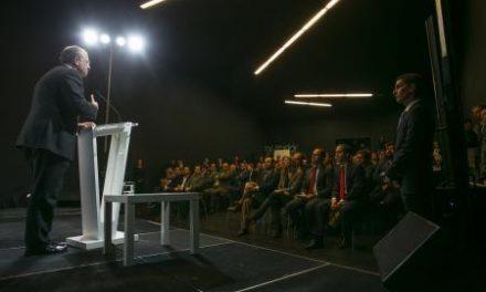 Monago pone como ejemplo de calidad a los galardonados en el III Premio a la Excelencia Empresarial