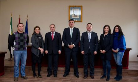 Fernando Manzano aboga en Coria por el municipalismo como eje de futuro de la nueva Extremadura