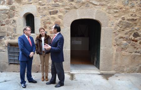 La nueva Oficina de Turismo de Cáceres contará con cuatro técnicos bilingües y abrirá 363 días al año