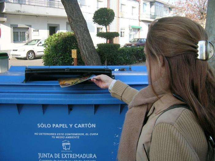 El Ayuntamiento de la ciudad de Coria desarrolla una novedosa campaña de recogida de papel y cartón