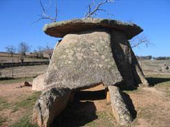Valencia de Alcántara formará parte de una red regional que promocionará los conjuntos megalíticos