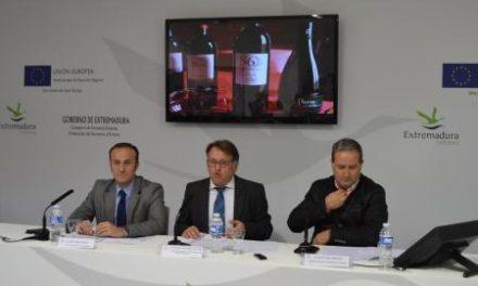 El Gobierno extremeño anuncia en Fitur un impulso turístico a la Ruta del Vino Ribera del Guadiana en 2014