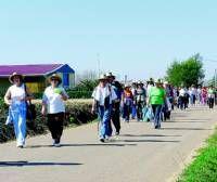 Un total de 400 personas se sumaron a la iniciativa deportiva Muévete Corazón en Villanueva de la Serena