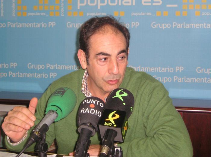 El secretario del PP de Cáceres acusa al PSOE de «buscar notoriedad con titulares polémicos»