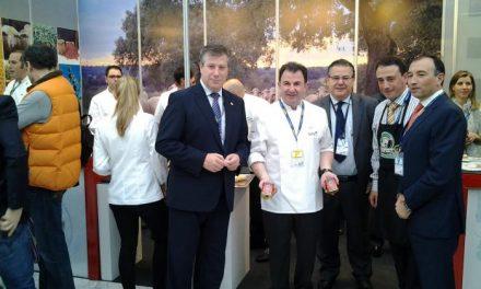 Laureano León destaca en 'Madrid Fusión' el motor que supone la gastronomía para el turismo de la provincia