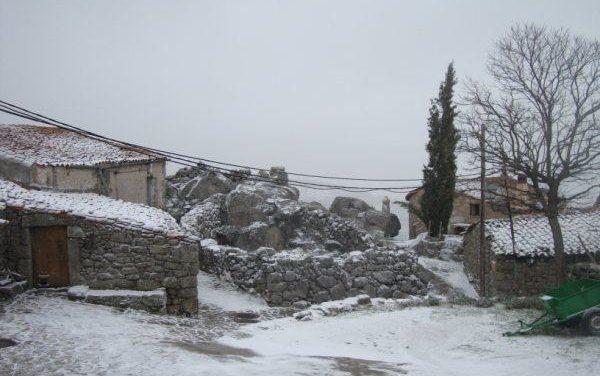El 112 establece la alerta amarilla por nevadas para este lunes en varias comarcas de la provincia de Cáceres