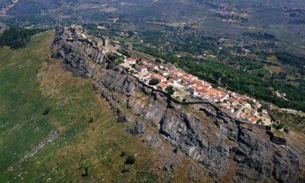 La localidad lusa de Marvão acoge dos exposiciones artísticas durante este mes y el próximo marzo