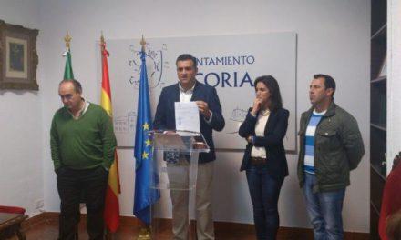 El alcalde de Coria pide la dimisión de los socialistas Fabia Moreno y Juan Manuel Hernández