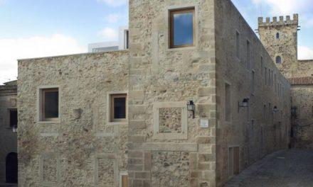 Los arquitectos del Hotel Atrio se sientan en el banquillo acusados de causar daños en el patrimonio