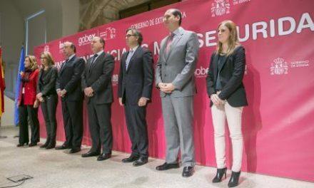 Extremadura apoyará con un salario de 450 euros a las víctimas de violencia de género sin recursos
