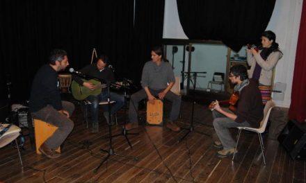 La Jam Session de Valencia de Alcántara congregó guitarristas, baterías y tamborileros de la localidad