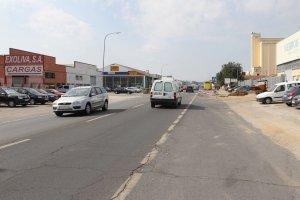 Plasencia no descarta recurrir a los fondos europeos para conseguir el arreglo de la avenida Martín Palomino