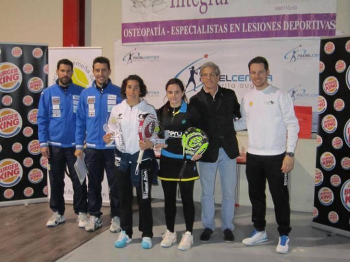La palista de la localidad de Moraleja, Paula Josemaría, gana el III Open Pádel Center de Mérida