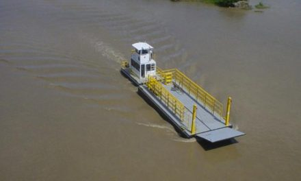 Diputación se decanta por una barcaza y un plan de carreteras para comunicar la zona de Cedillo con Portugal