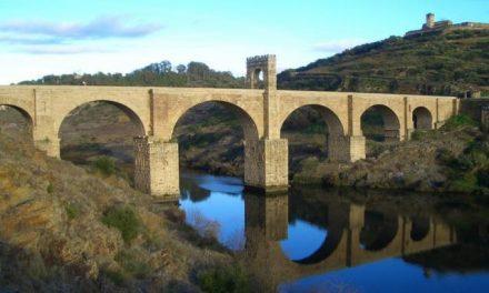 Estudiantes de Secundaria de Alcántara se comprometen a velar por la conservación del patrimonio local