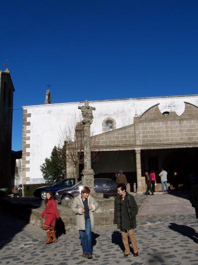 El Ayuntamiento de Ahigal adquirirá un terreno cerca del cementerio para construir un velatorio municipal