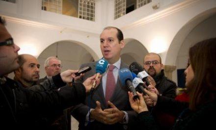La Junta transfiere a 38 ayuntamientos el primer 50% del dinero de las Ayudas de Protección Social Urgente