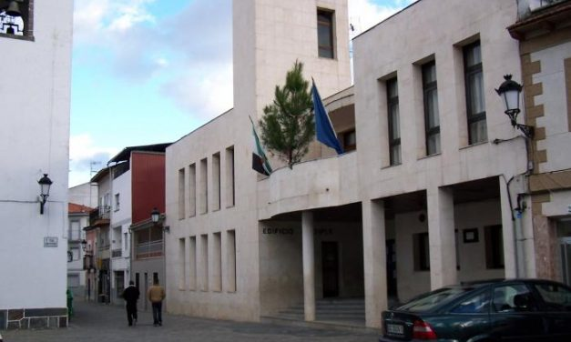 El Ayuntamiento de Pinofranqueado aprueba una ordenanza para regular las uniones de hecho