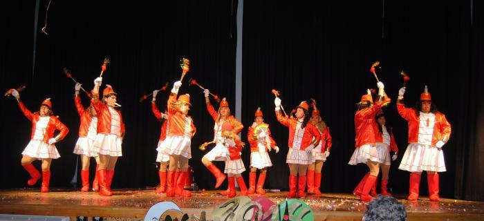 """El grupo """"Xq nos gusta"""" gana el primer premio del XXV Concurso de Comparsas de Valencia de Alcántara"""
