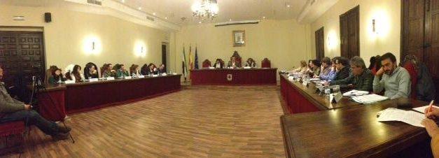 El Ayuntamiento de Coria aprueba en sesión ordinaria la derogación de la tasa por licencia de apertura