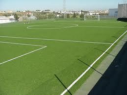 Técnicos del área de Deporte visitan Valencia de Alcántara para cerrar los trámites del cámpo de fútbol