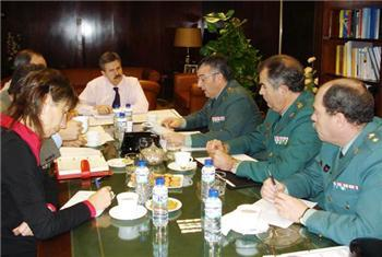 La consejería de Industria colaborará estrechamente el Gobierno y la Fiscalía en la lucha contra incendios