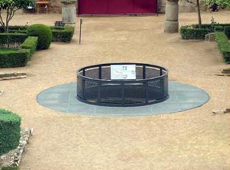 La excavación del pozo del perístilo del Teatro Romano es elegido como Proyecto Mecenas 2014 en Mérida