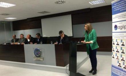 """La vicepresidenta destaca el papel de los gestores de proyectos como """"pieza clave"""" para alcanzar el éxito"""