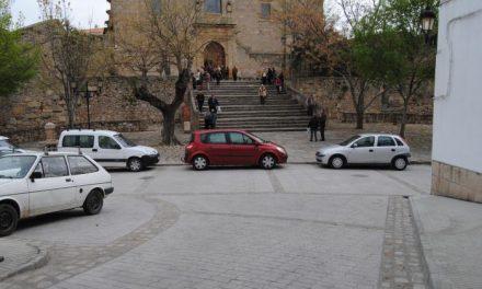 El Ayuntamiento de Valencia de Alcántara abre al tráfico la explanada de Rocamador tras el fin de las obras