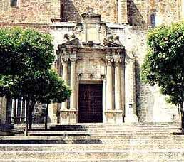El Consejo Nacional de Patrimonio estudiará la rehabilitación de Santo Domingo de Plasencia