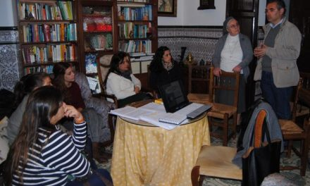 Valencia de Alcántara ofrece un taller competencia para las auxiliares de la residencia municipal