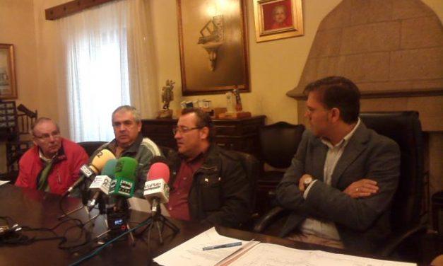Las obras del campo de fútbol de césped artificial de San Miguel en Plasencia se desarrollarán en verano