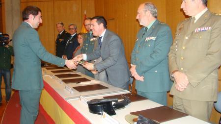 Nevado-Batalla participa en la entrega de diplomas a alumnos de la Escuela de Tráfico de la Guardia Civil